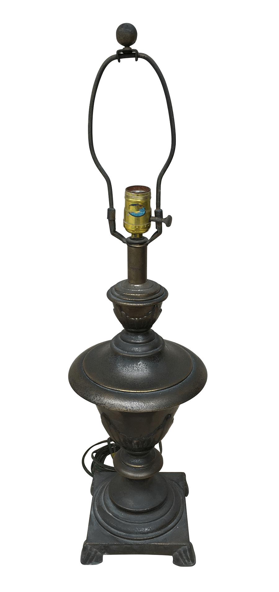 Abajur Antigo Metal 71cm