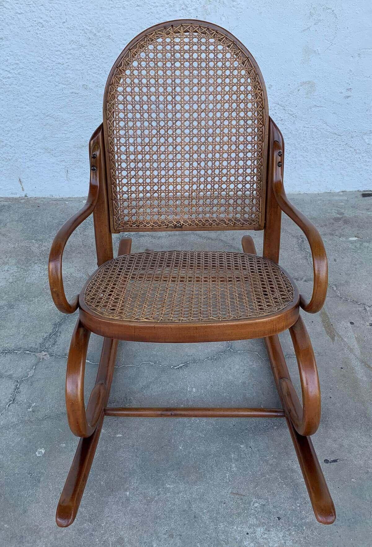 Antiga Cadeira Balanço Infantil Thonet Austriaca