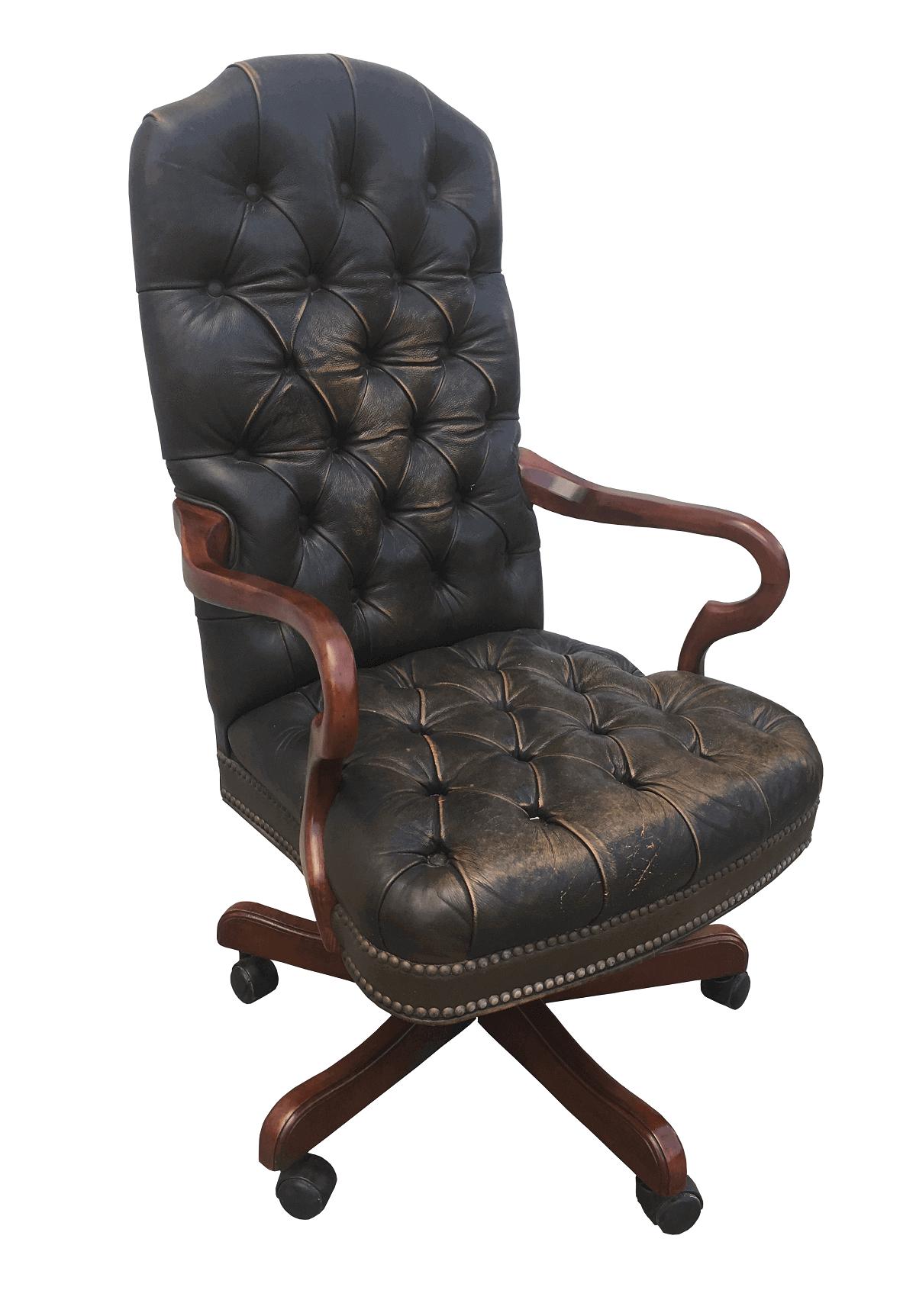 Antiga Cadeira Giratoria Couro Natural Capitone
