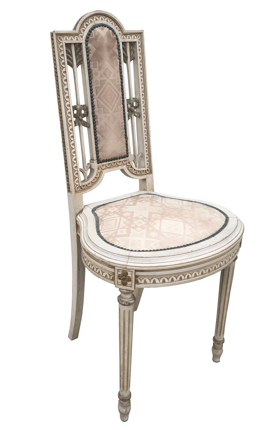 Antiga Cadeira Luis Xvi Pequena Patina Branca