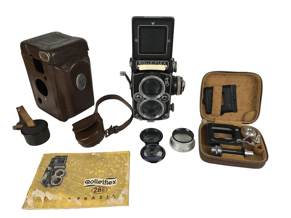 Antiga Camera Fotografia Rolleiflex 2.8 Com Manual Acessorios
