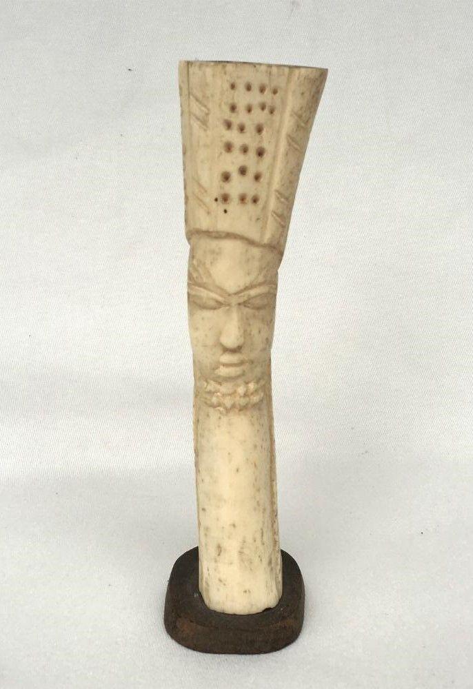 Antiga Escultura Africana Em Marfim 17cm Altura