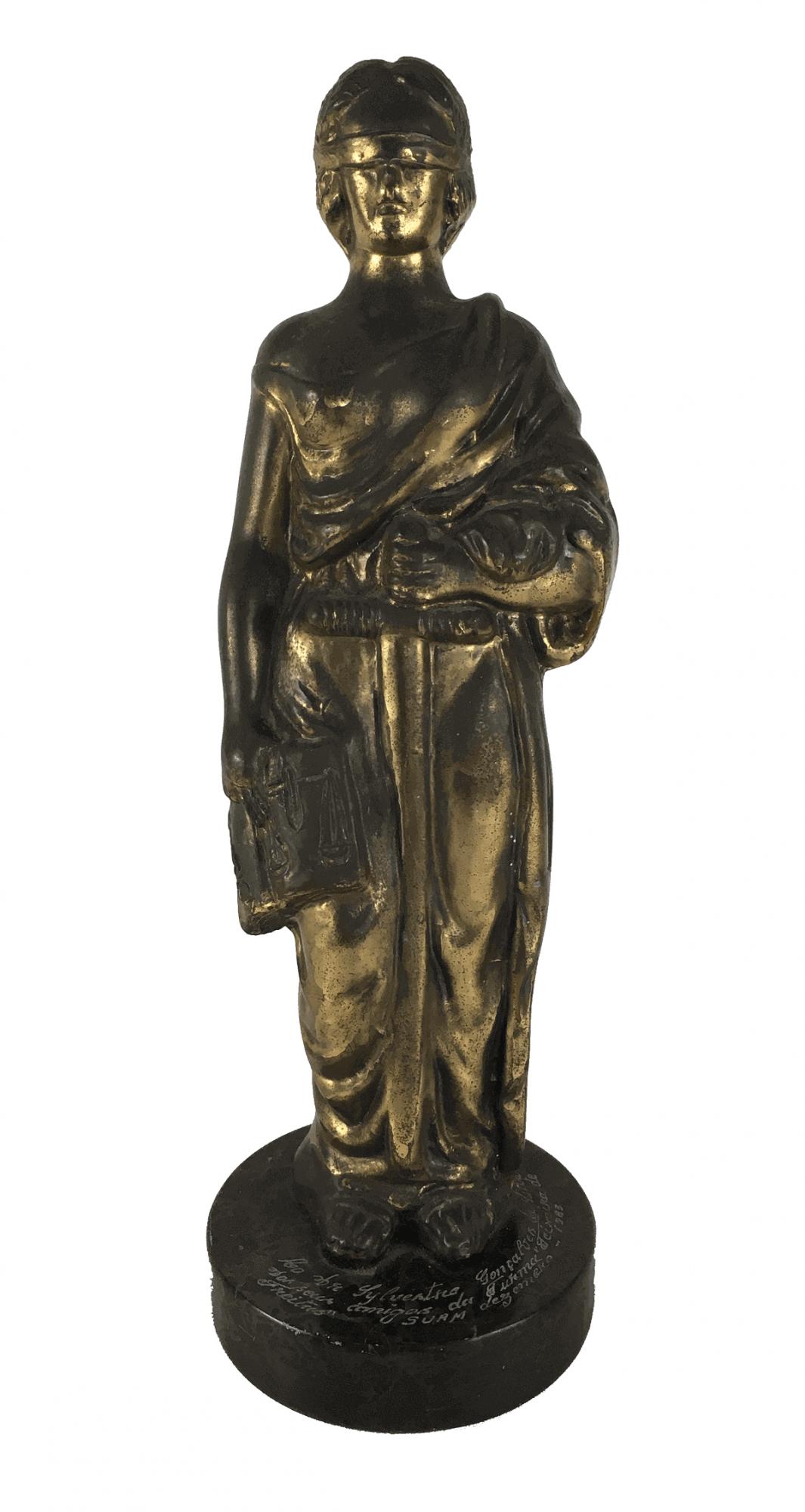 Antiga Escultura Da Justiça Em Petit Bronze