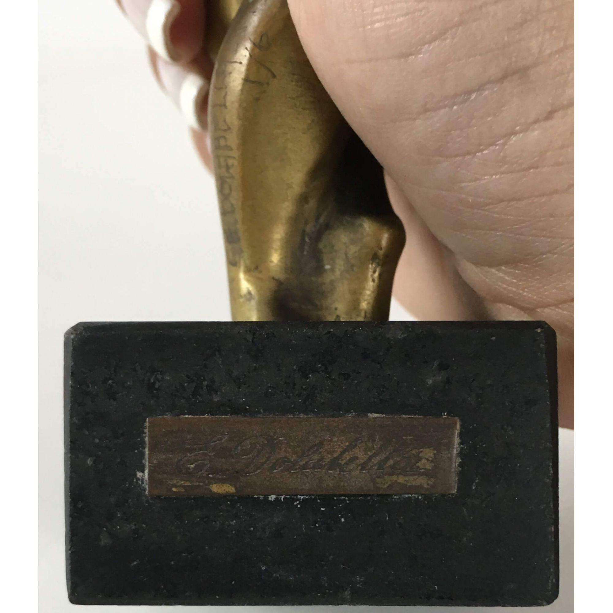 Antiga Escultura Em Bronze Nu Feminino E. Dolabella
