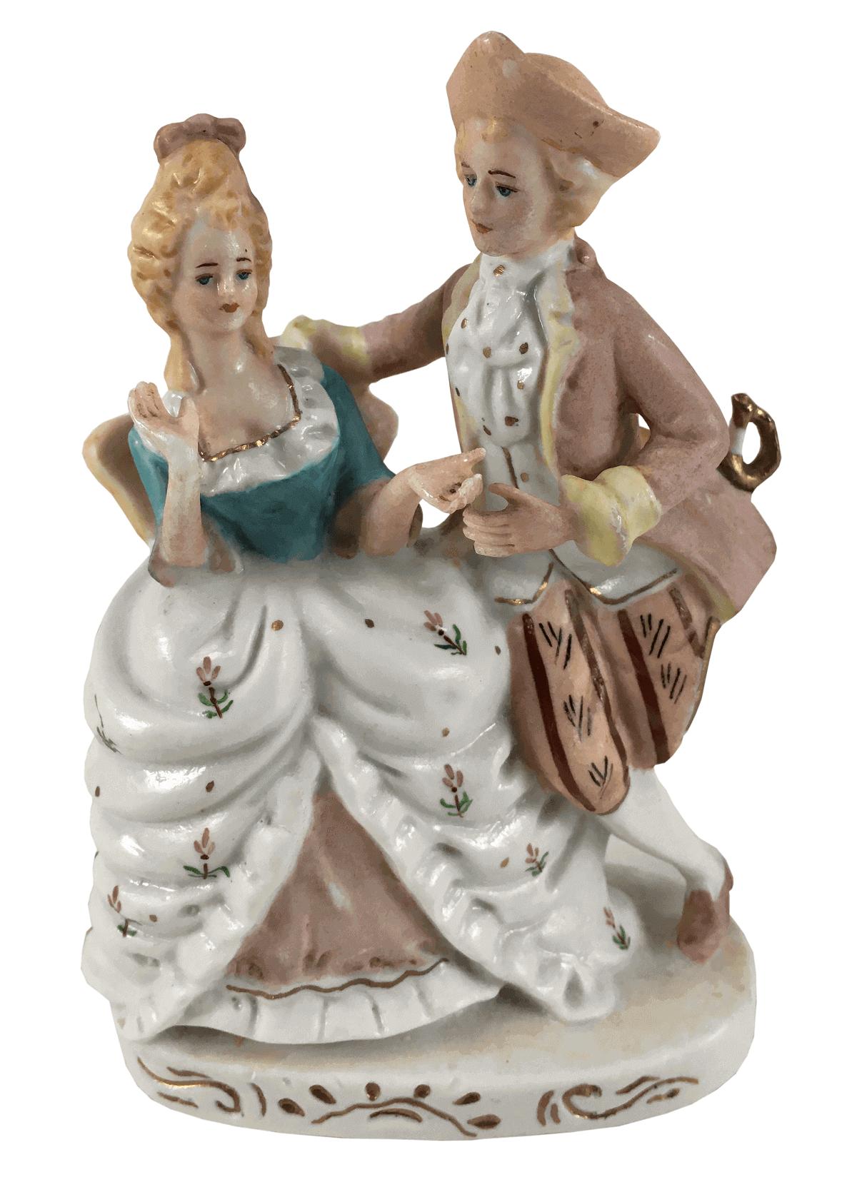 Antiga Escultura Em Porcelana Casal Nobre 14cm Altura