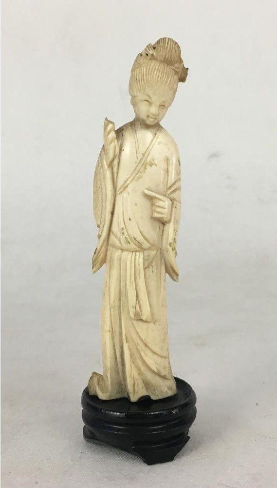 Antiga Escultura Gueixa Em Marfim