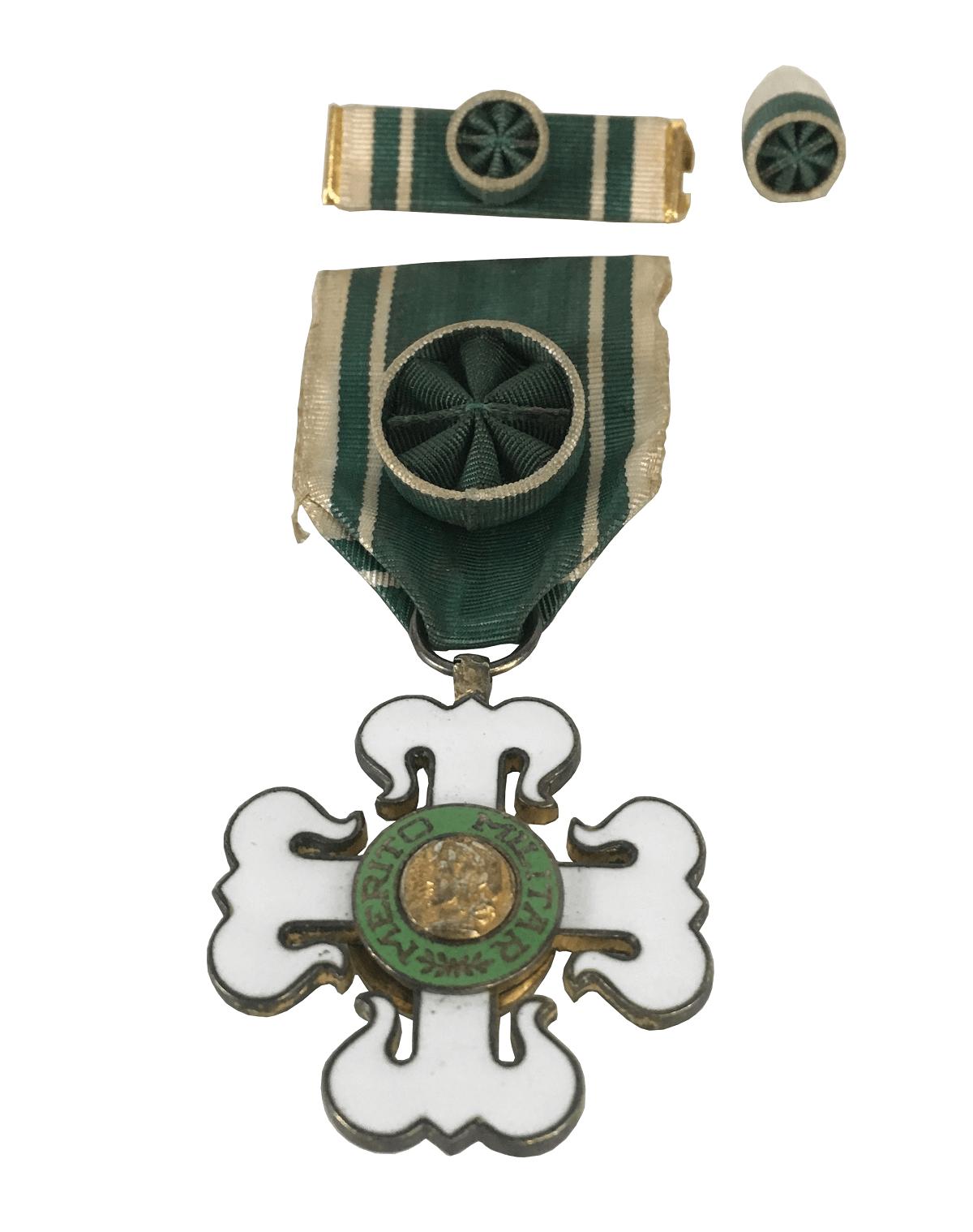 Antiga Medalha Merito Militar
