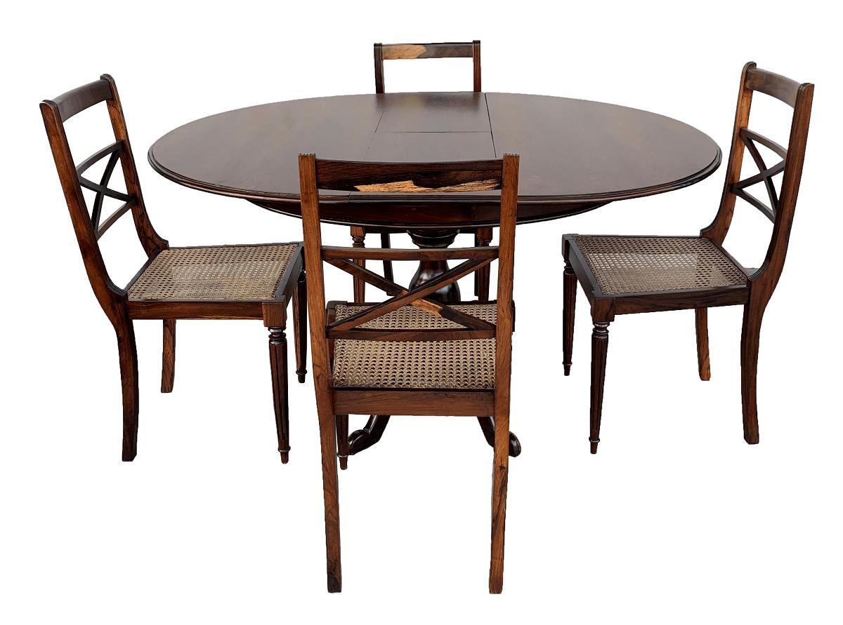 Antiga Mesa De Jantar Redonda 4 Cadeiras Jacaranda