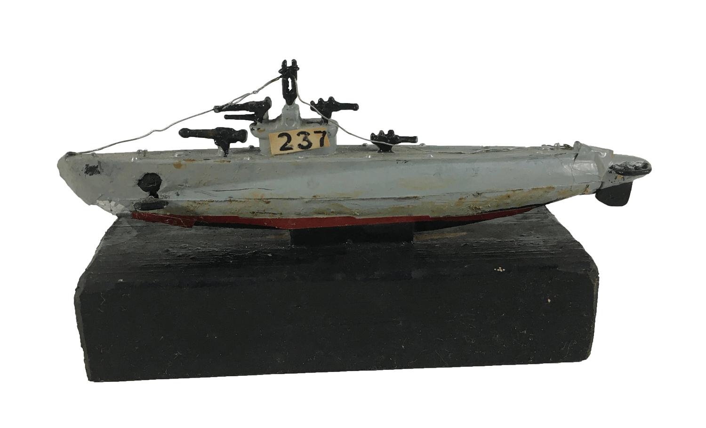 Antiga Miniatura Navio Militar 237