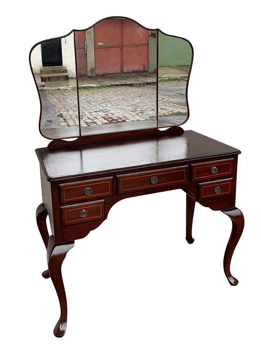 Antiga Penteadeira Ingles Com Tres Espelhos