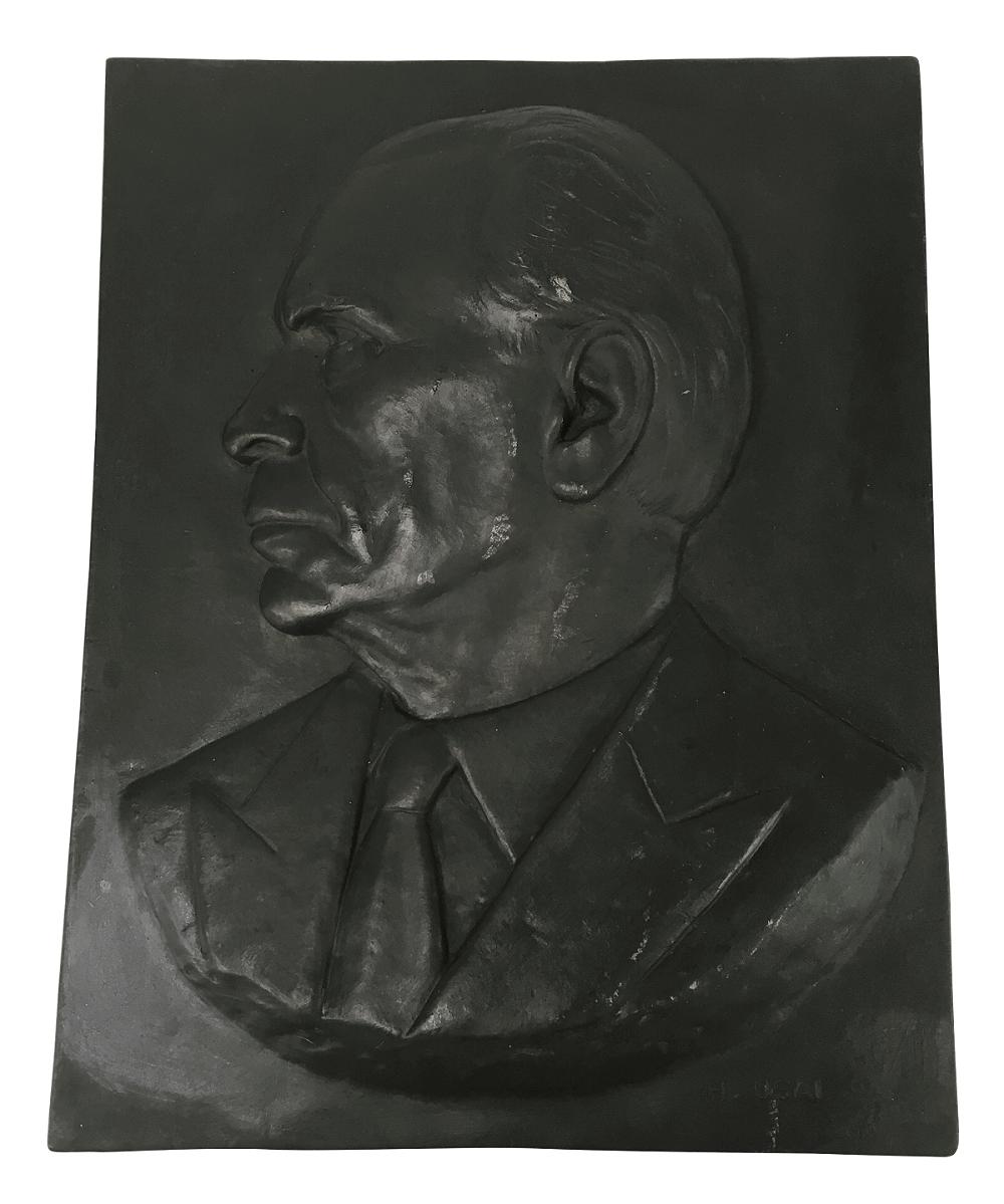 Antiga Placa De Bronze Grande Assinada H. Usai