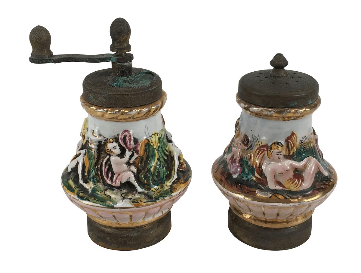 Antiga Porcelana Capodimonte Italiana E Pimenteiro