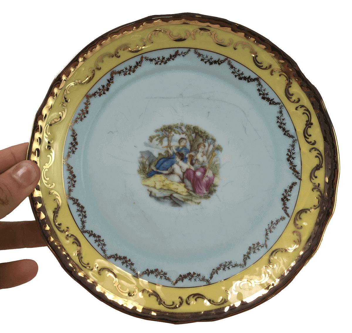 Antigo Prato Sobremesa Porcelana Polovi Ouro Cena Galante
