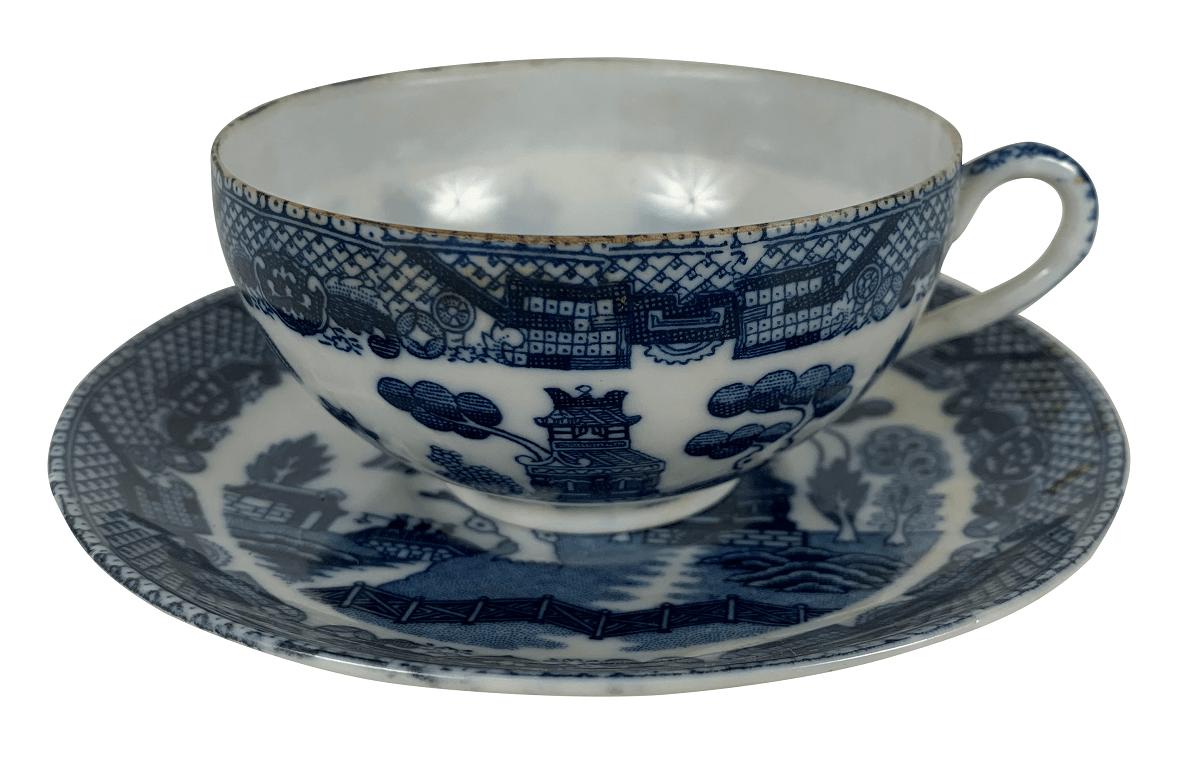 Antiga Xicara Cha Porcelana Japonesa Pombinho Casca De Ovo