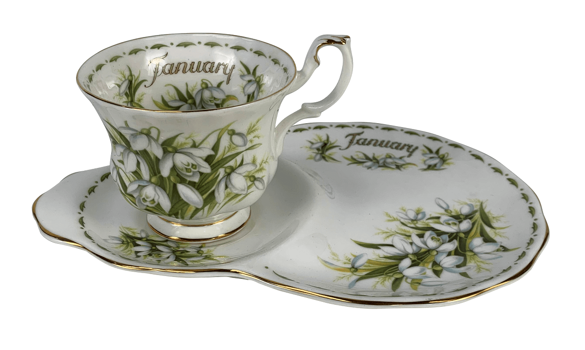 Antiga Xicara De Cha Porcelana Inglesa Royal Albert January