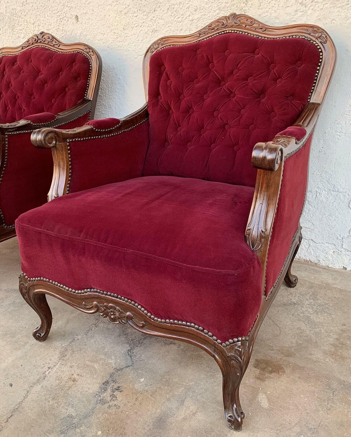 Antigo Conjunto Sofa E Poltronas Luis Xv Madeira Nobre