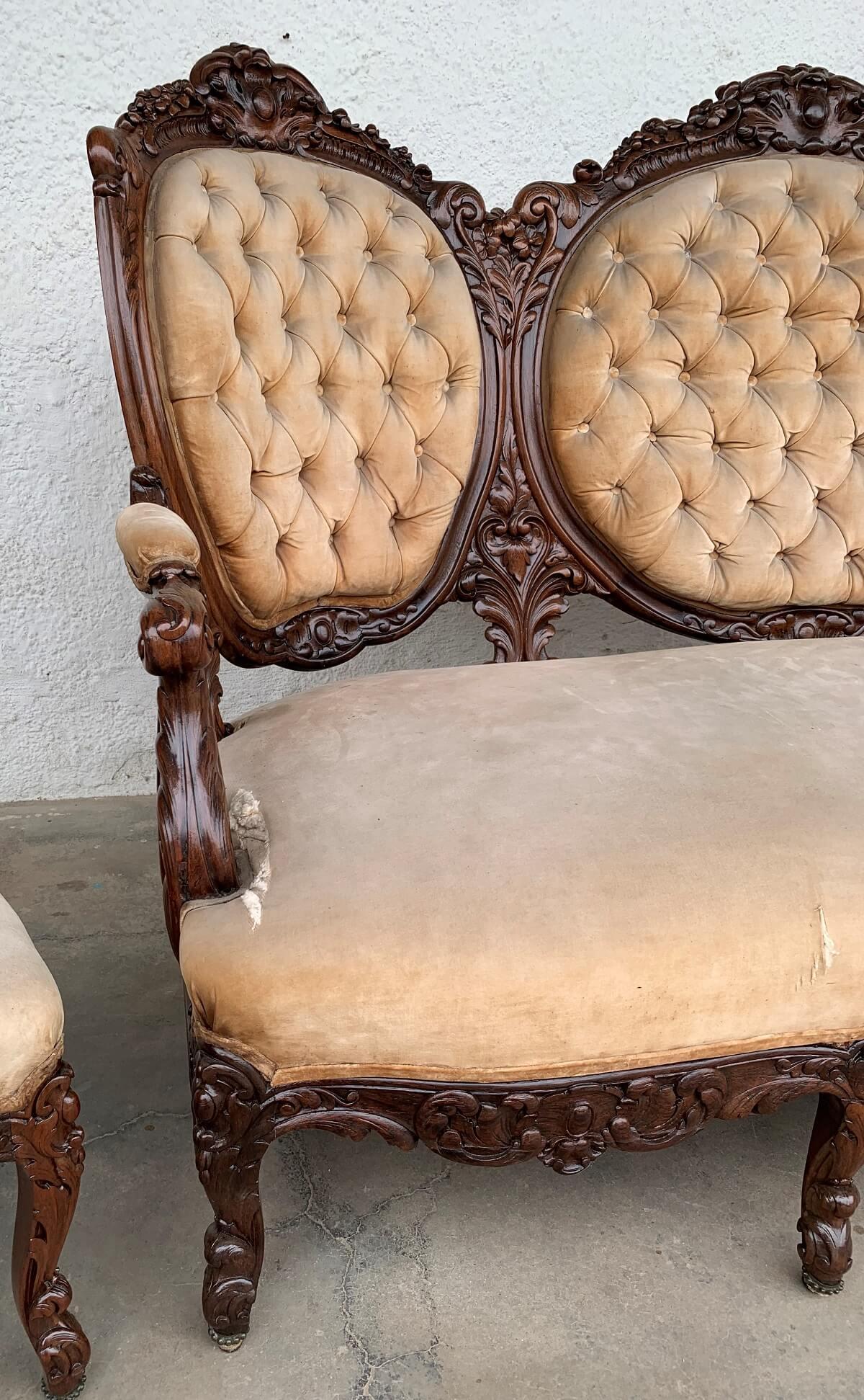 Antigo Conjunto Sofa E Poltronas Luis Xv Medalhao Jacaranda Maciço