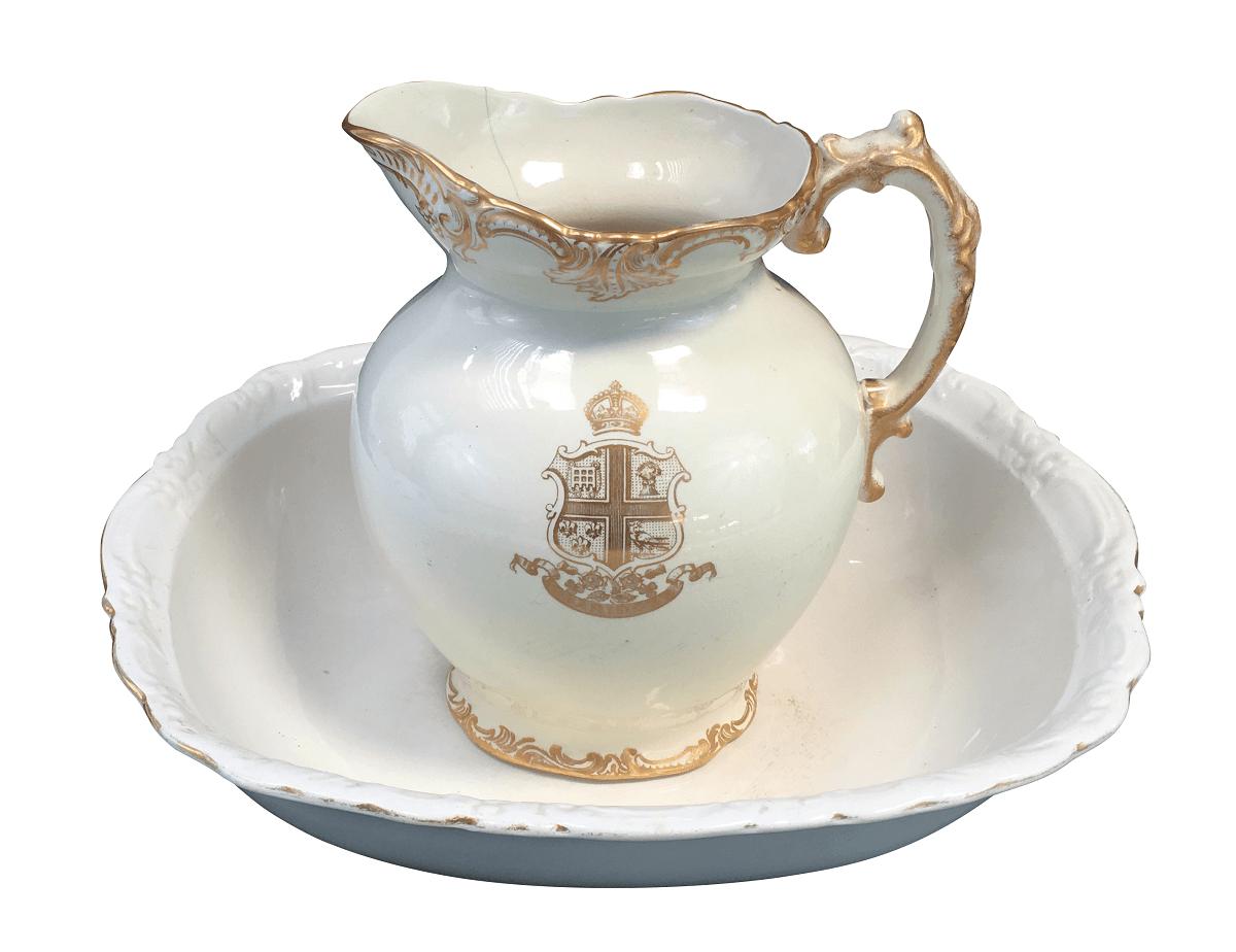 Antigo Gomil Porcelana Inglesa Jarro Bacia Creme E Ouro