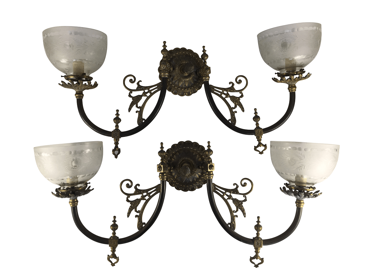 Antigo Par De Arandela Em Bronze Cupula Vidro Lapidado
