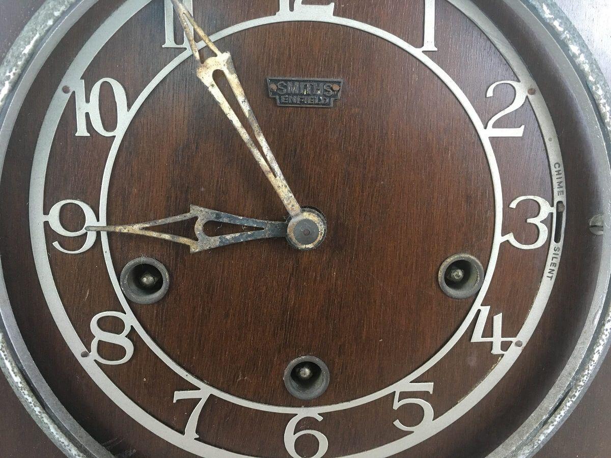 6a44e5a0bc9 Antigo Relogio Carrilhao De Mesa Com Pendulo Ingles Smiths - Império dos  Antigos