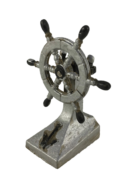 Apontador Antigo Formato Timao Navio