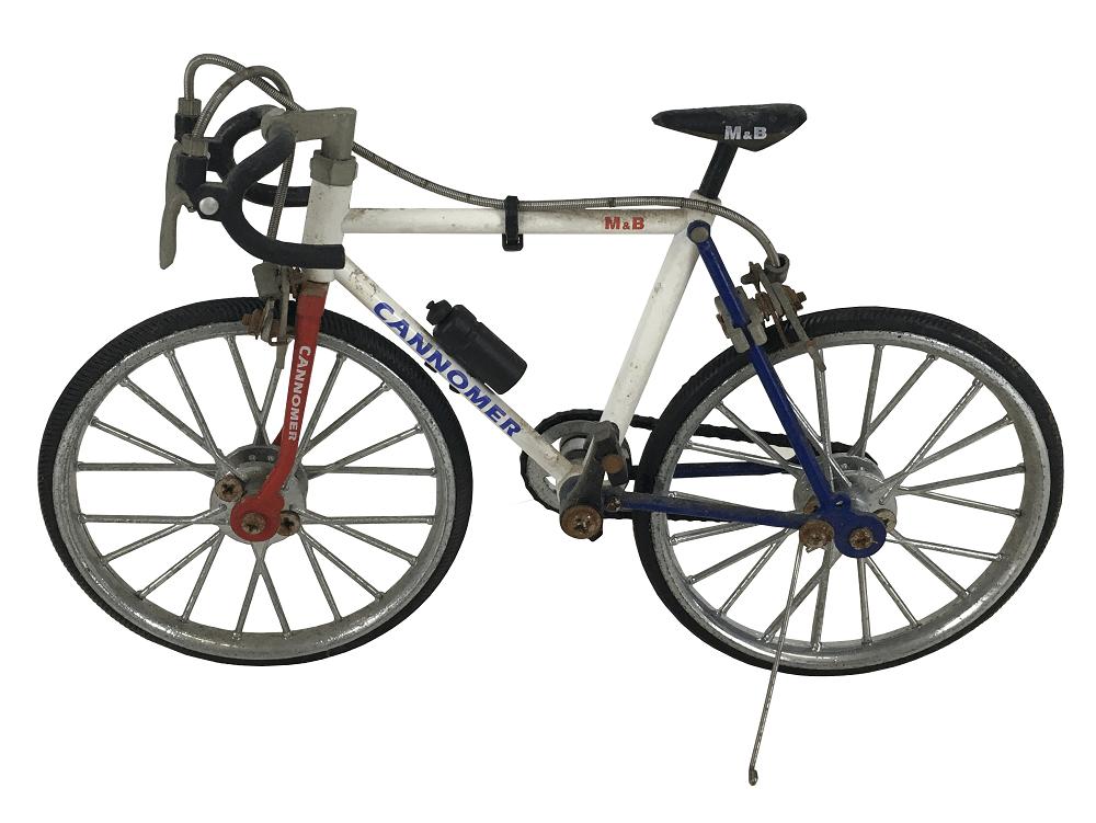 Bicicleta Miniatura Cannomer M & B