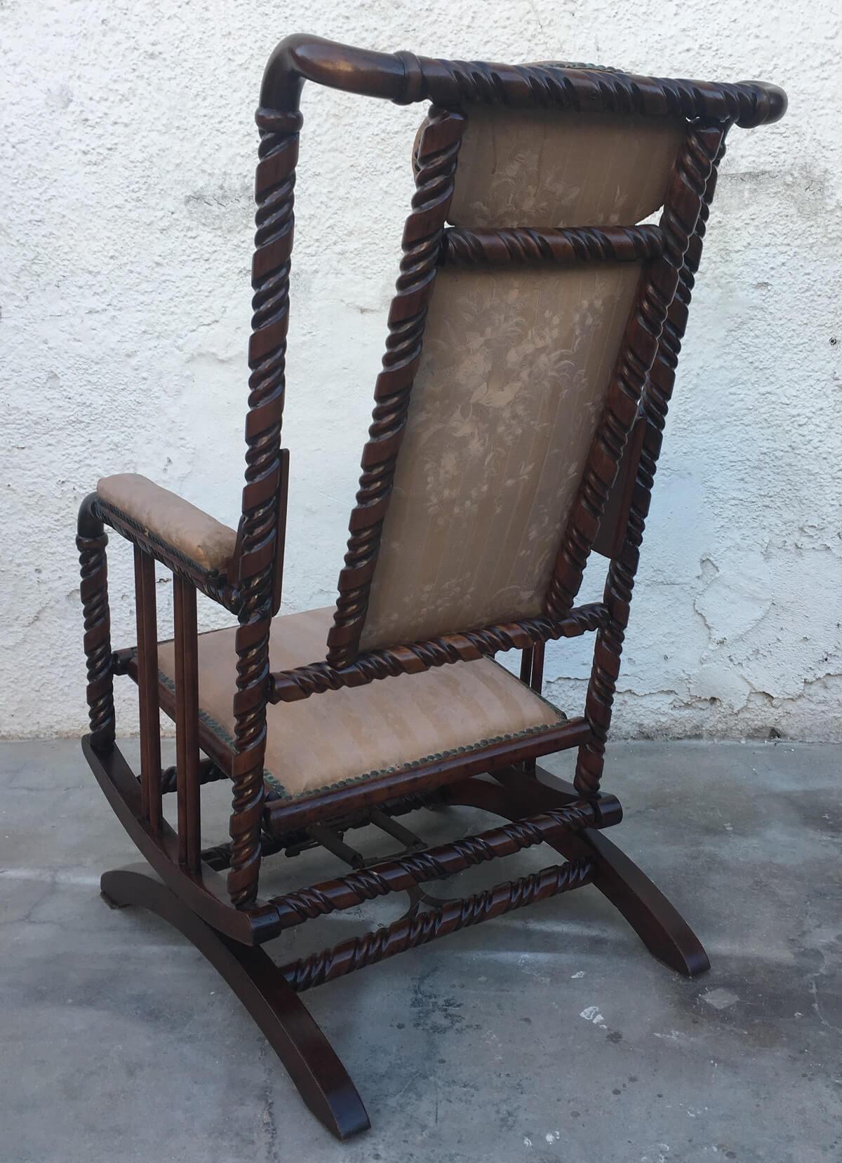 Cadeira De Balanço Antiga Colonial Belissima