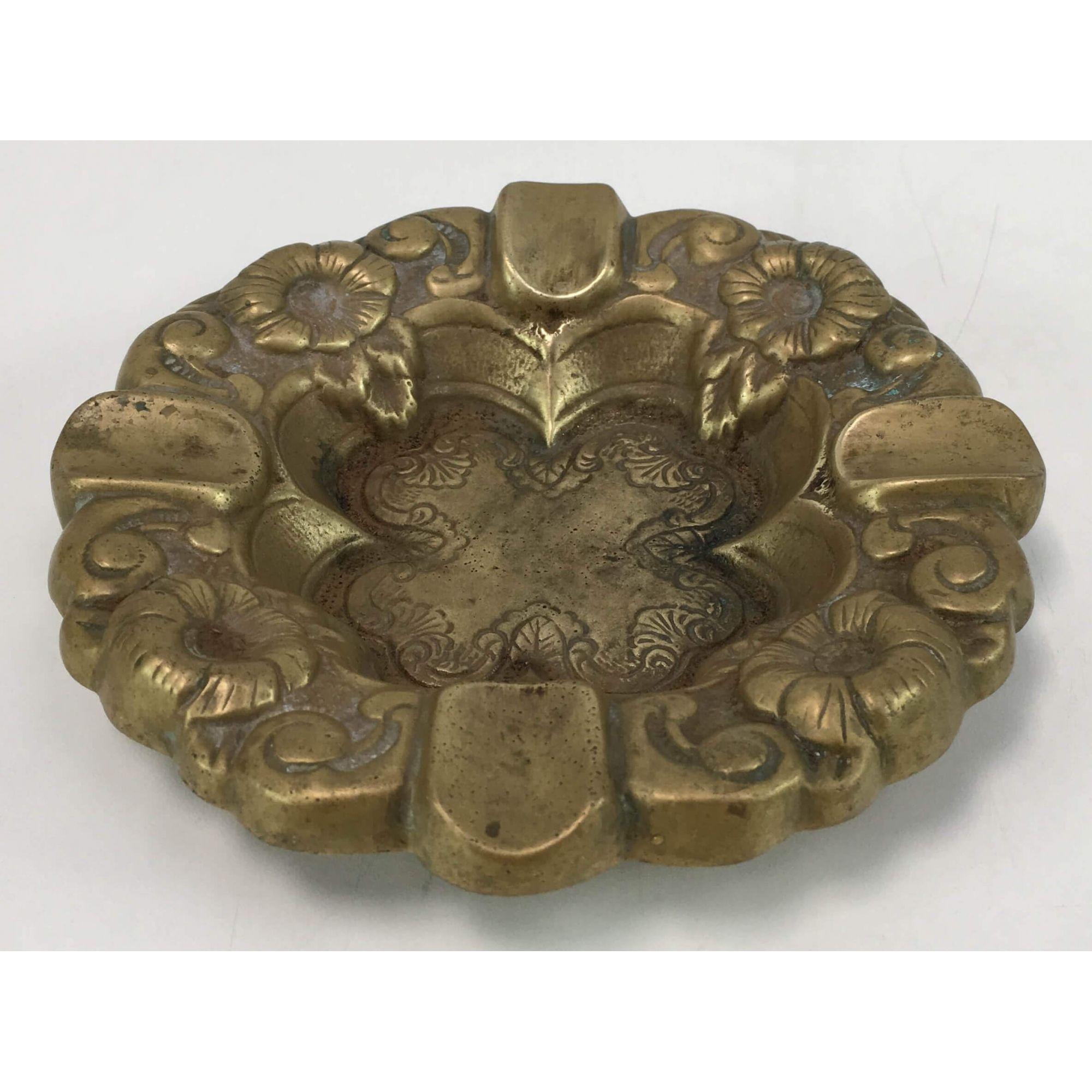 Cinzeiro Antigo Bronze Trabalhado