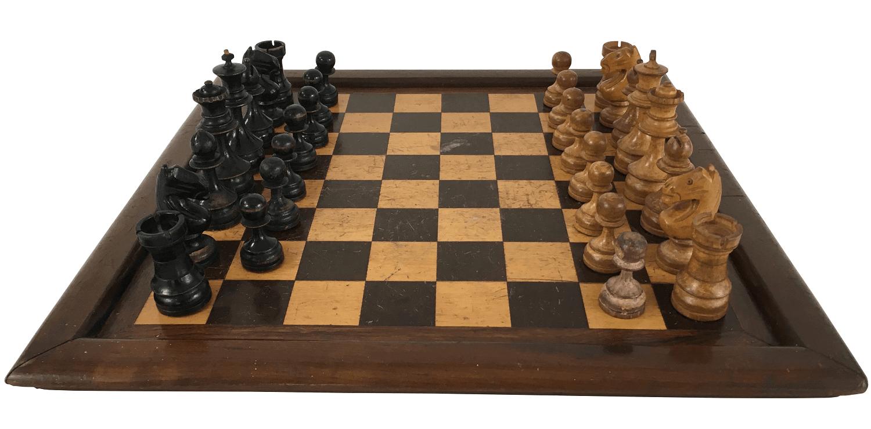 Jogo De Xadrez Em Madeira Tabuleiro 36x36cm