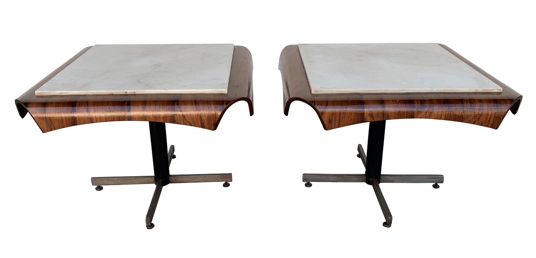 Lindo Par De Mesa Lateral Design Anos 60 Jacaranda
