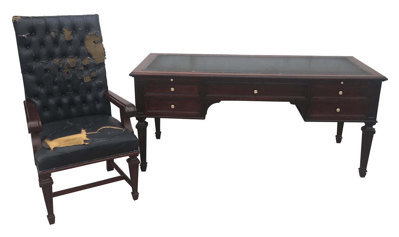Magnifica Escrivaninha Inglesa Antiga Com Cadeira Madeira Nobre