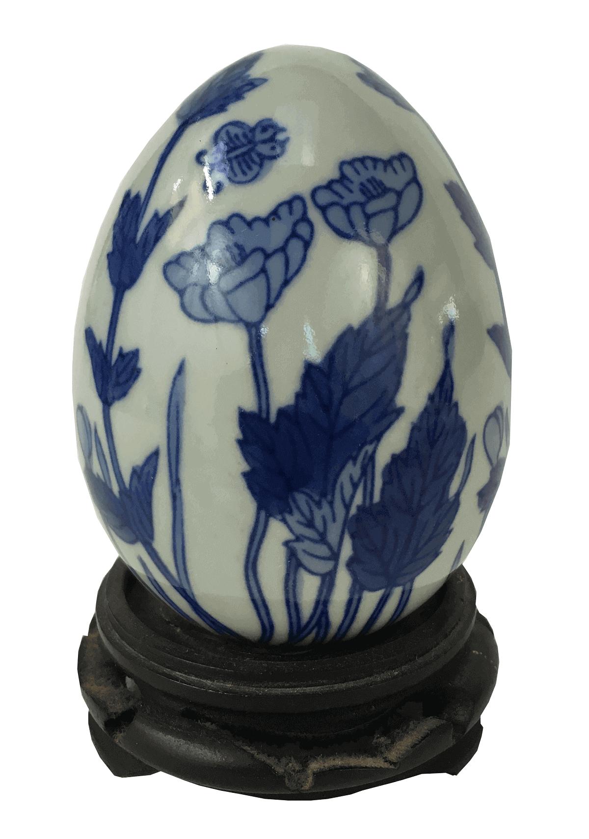 Ovo Decorativo Em Porcelana Com Peanha Em Madeira