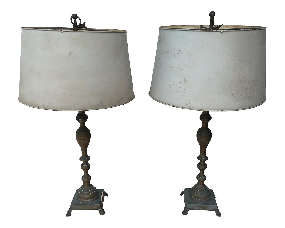Par De Abajur Antigo Em Bronze Cupula Metal