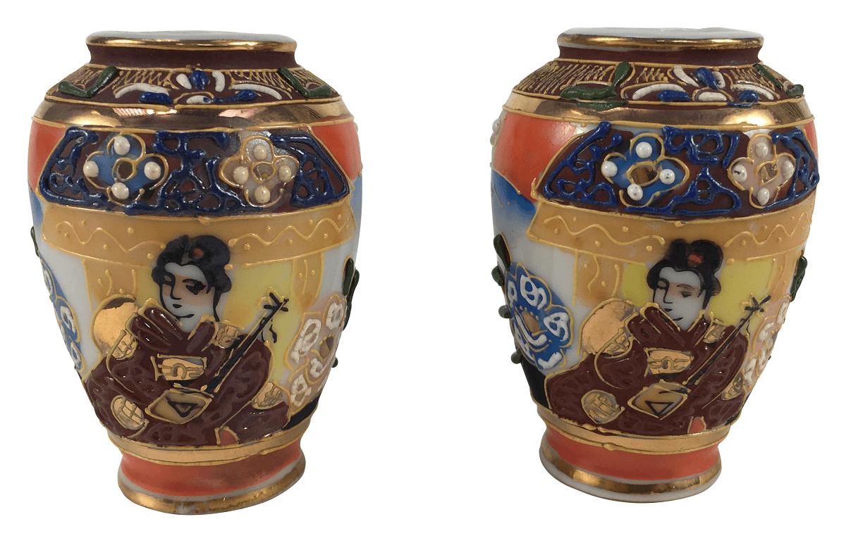 Par De Vasinhos Miniatura Em Porcelana Satsuma