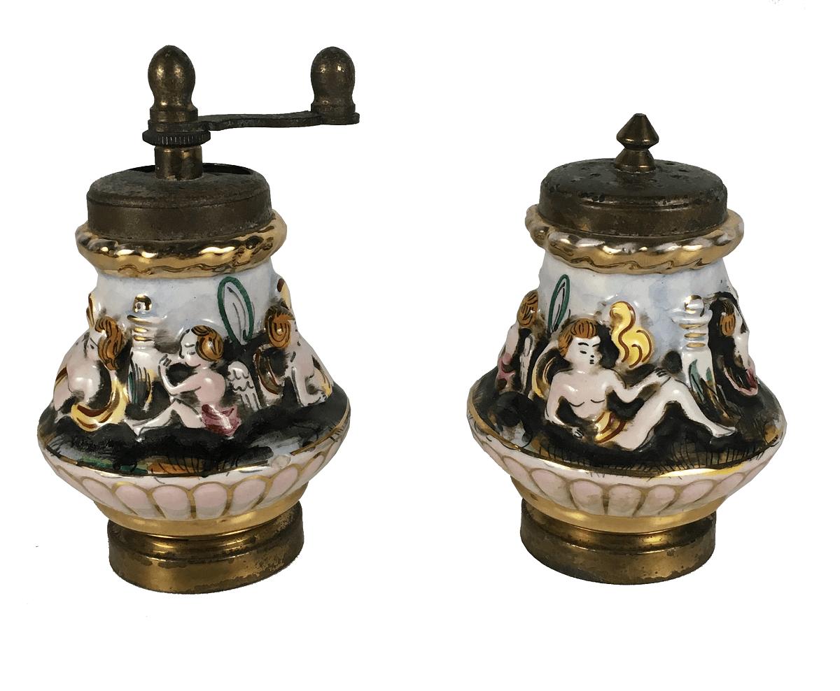Porcelana Italiana Capodimonte Antigo Par De Saleiro E Pimenteiro