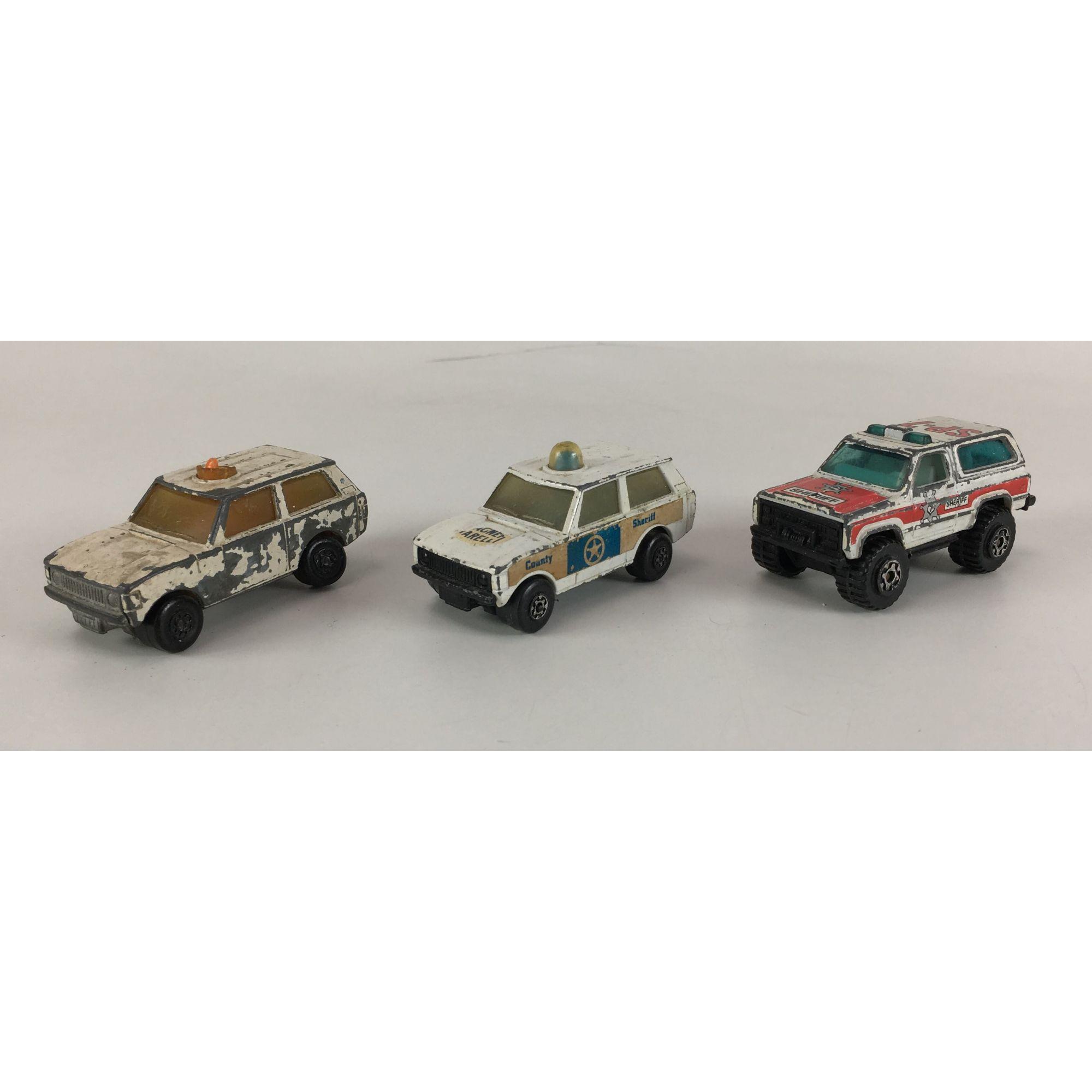 Trio De Miniaturas Matchbox Carro Policia