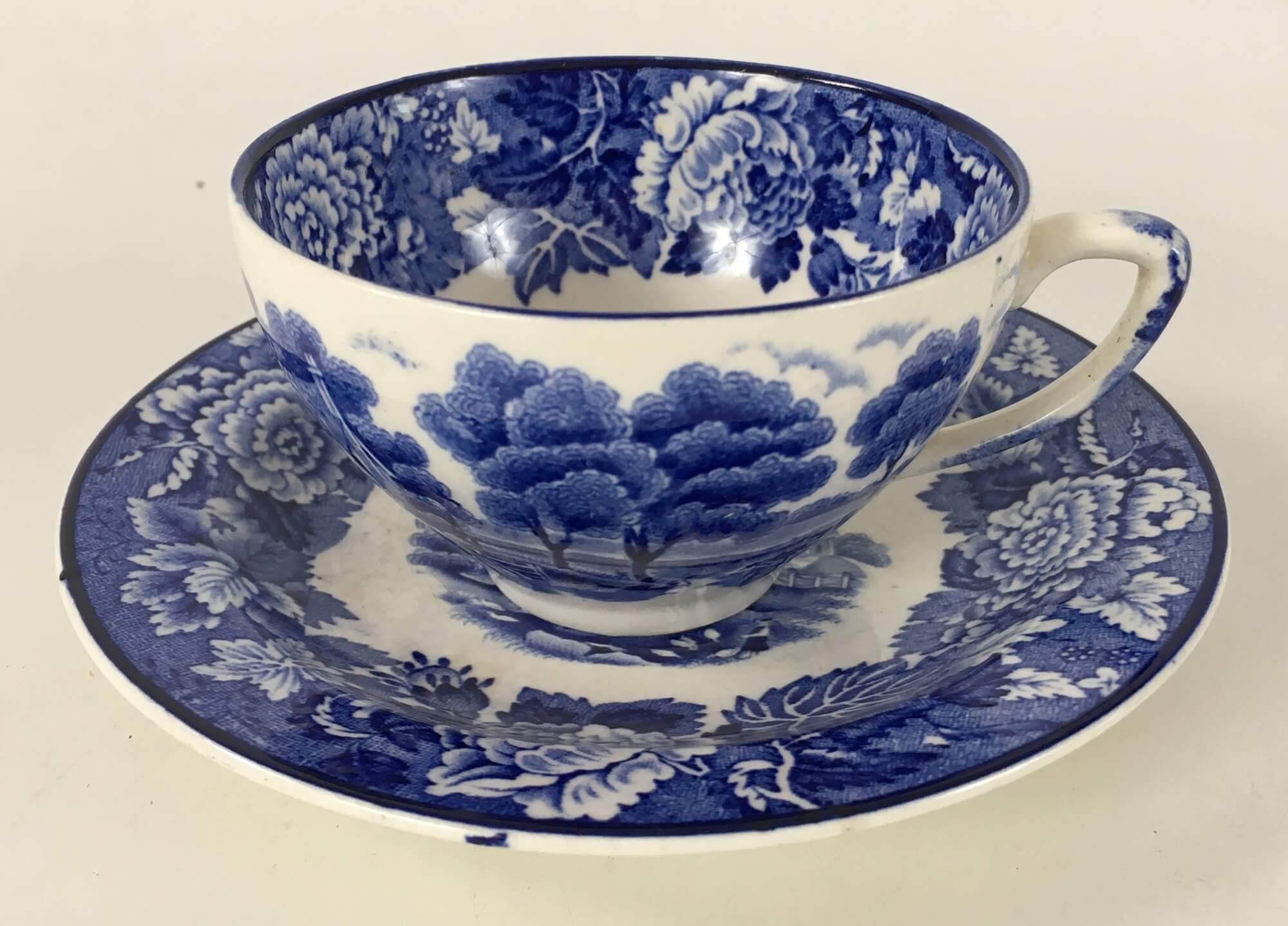 Xicara De Cha Porcelana Antiga Inglesa Fazendinha