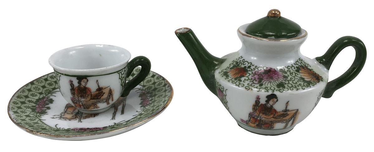 Xicara E Bule Em Porcelana Oriental  Gueixa Miniatura