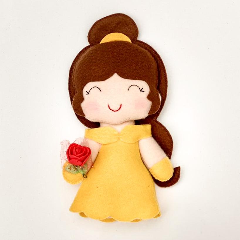 Boneca Princesa Bella