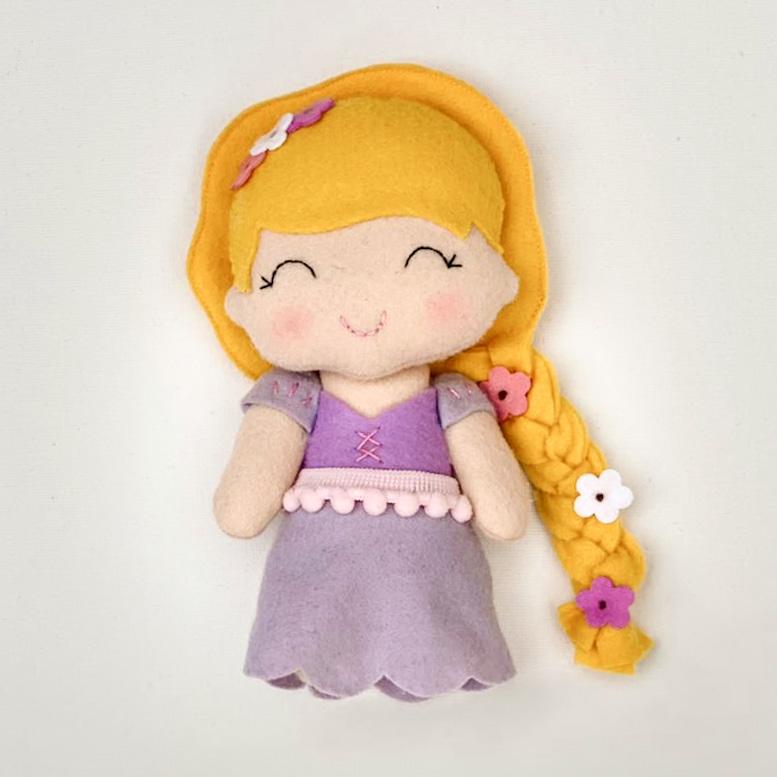 Boneca Princesa Rapunzel