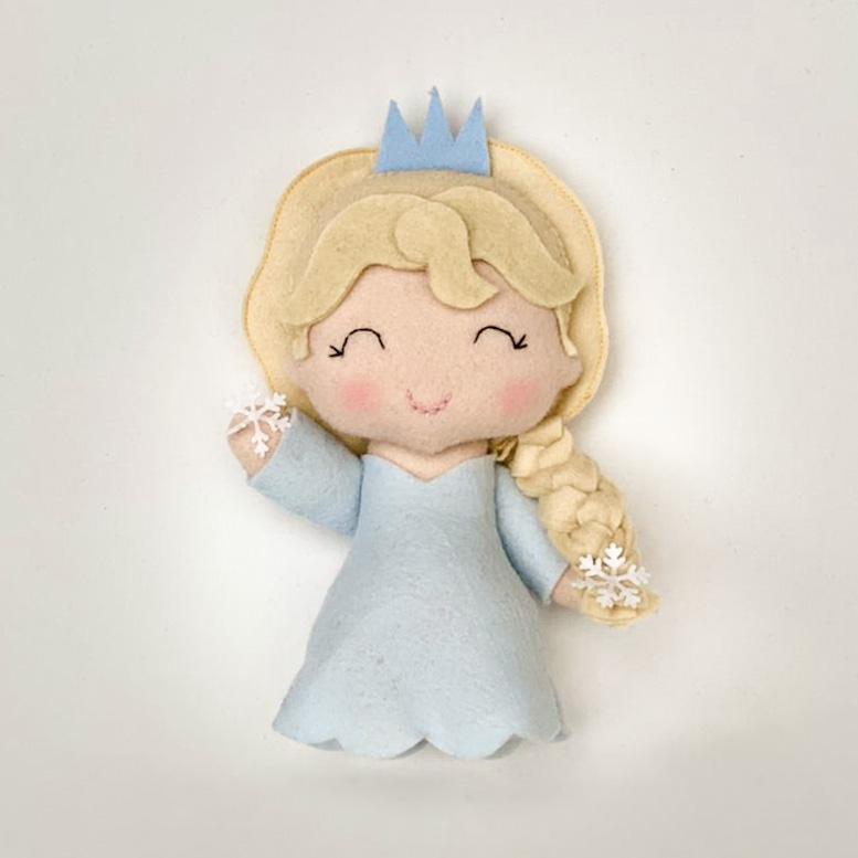 Boneca Rainha do Gelo