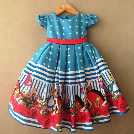 Vestido de Festa Rodado Alice no País das Maravilhas