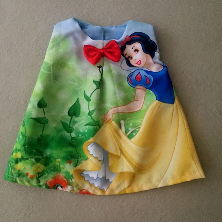 Vestido para Boneca Princesa da Maçã