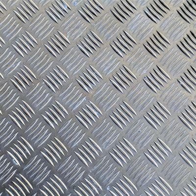 Chapa Xadrez de Alumínio esp. 2,2mm - 2,50 x 1,00m ( Peça)