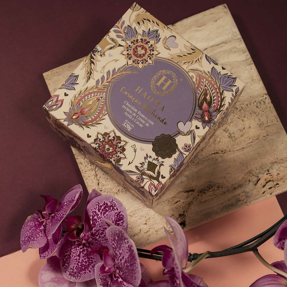 Coracão Chocolate Branco Recheio Creme de Leite de Avelã e Cacau 320g - Haoma  - KFit Nutrition