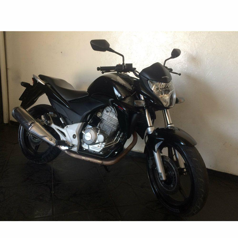 MOTO CB300 PRETA 2013