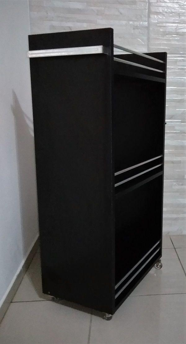 Carrinho Auxiliar ALUMÍNIO P/ Cabeleireiro C/Alça P/toalha  TODO PRETO  - Virtude Móveis