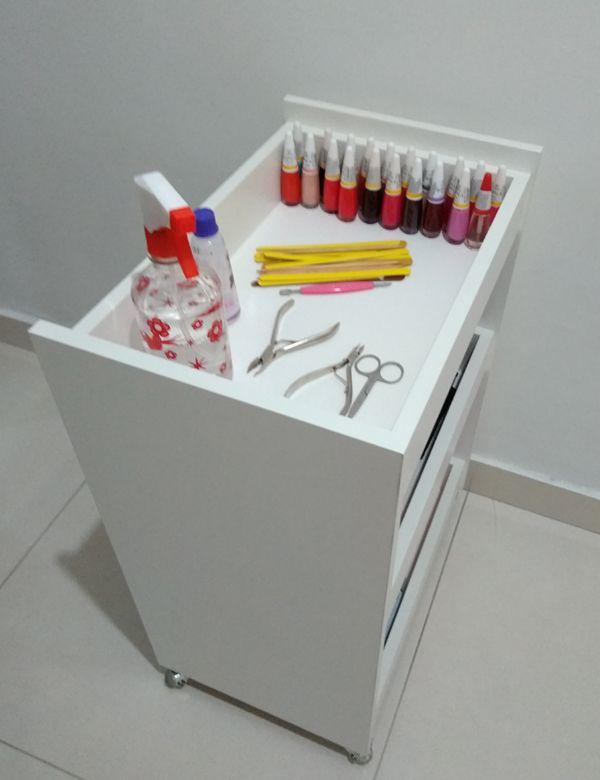 Carrinho Auxiliar MDF P/manicure C/3 bandejas p/esmaltes  - Virtude Móveis