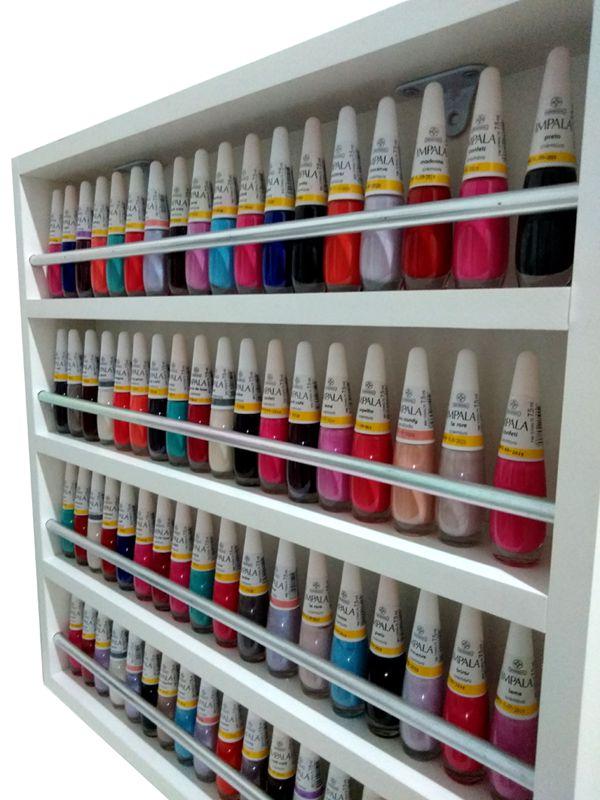 Expositor De Esmaltes C/barra De Alumínio P/ Até 70 esmaltes 47x47X6  - Virtude Móveis