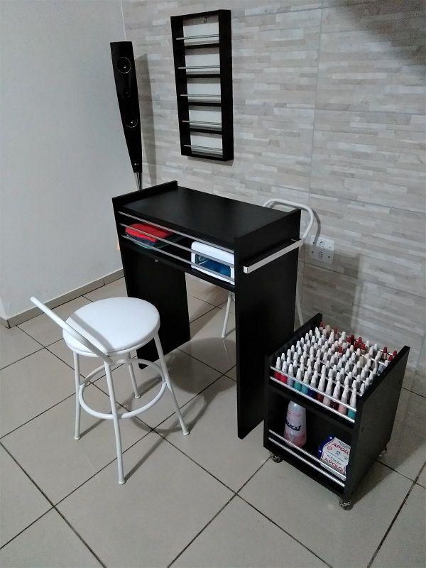 Expositor De Esmaltes c/BARRA P/ 55 mdf todo PRETO C/ fundo branco  - Virtude Móveis